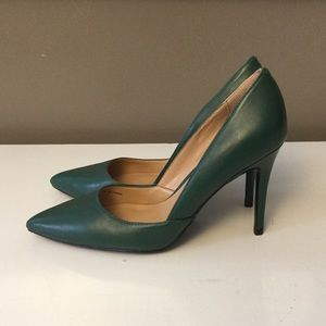 Green Banana Republic heels